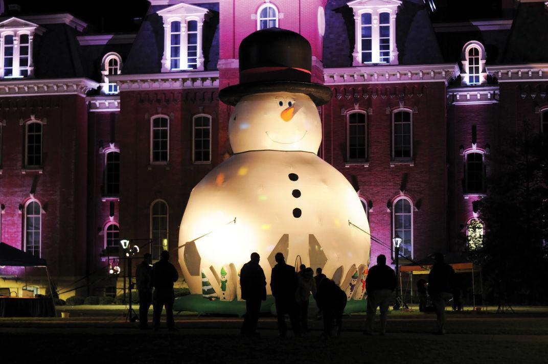 snowman bouncy house
