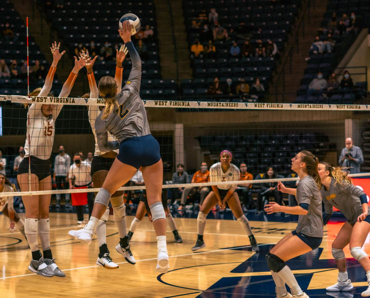 Volleyball vs Texas 11/13/20