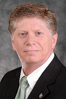 Headshot of Bob Beach.