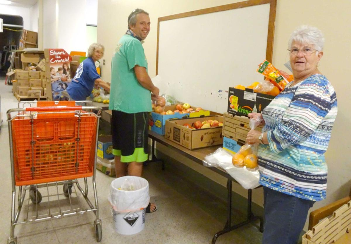 Food pantry prepares in case of increase in need