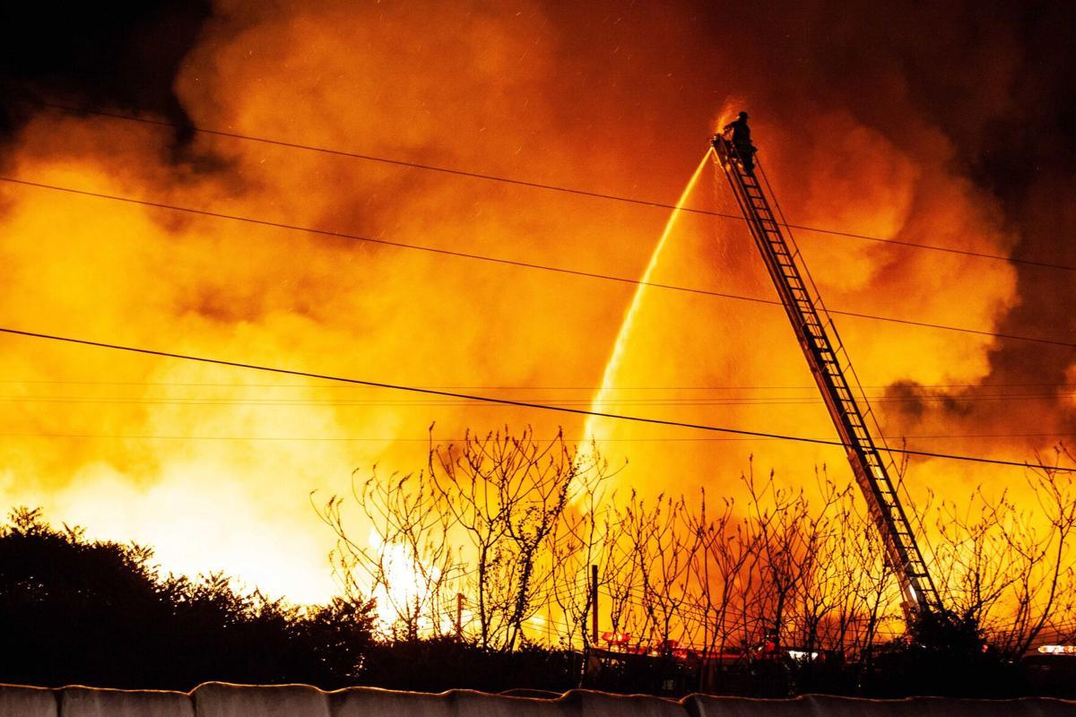 Seneca Hardwood fire