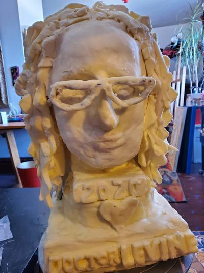OC artist wins at Farm Show with Levine butter sculpture