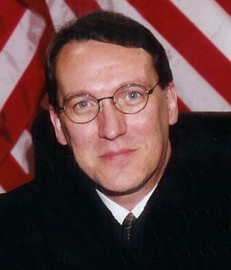 Boyer stepping down as judge