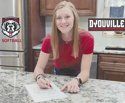 Reynolds headed to D'Youville