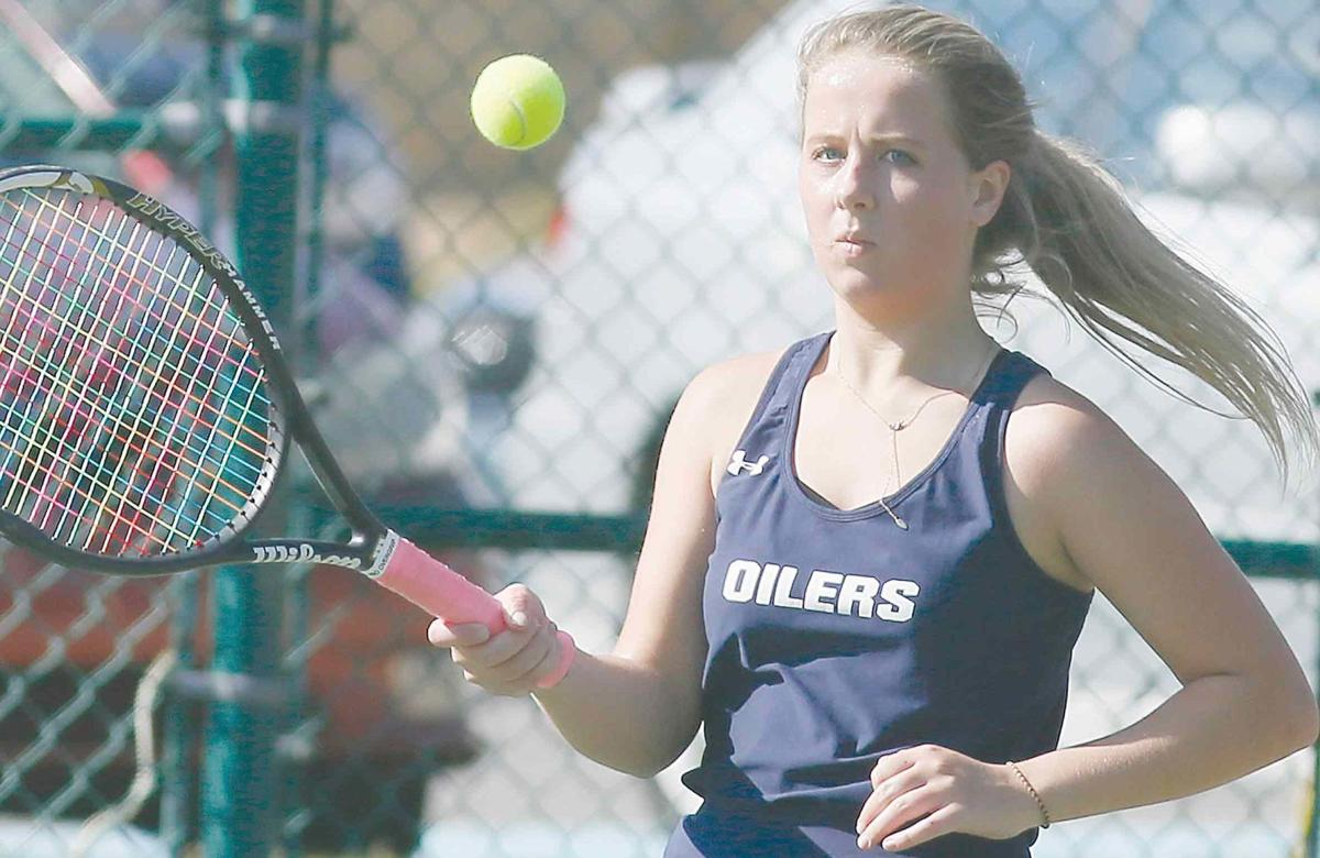 FHS netter top Oilers to stay unbeaten