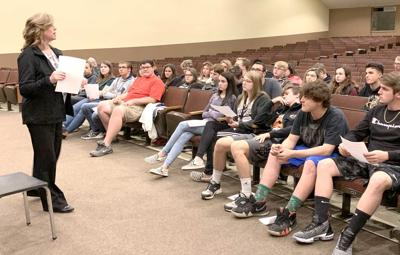 Grove students get some tips on how to ace job interview