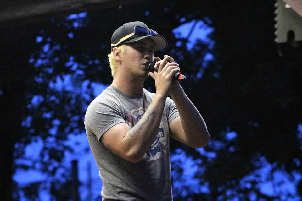 Franklin singer Cook headed to Nashville for holiday show