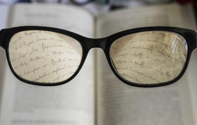 Penn scientist: Instead of bifocals, some try monovision. But depth perception can suffer