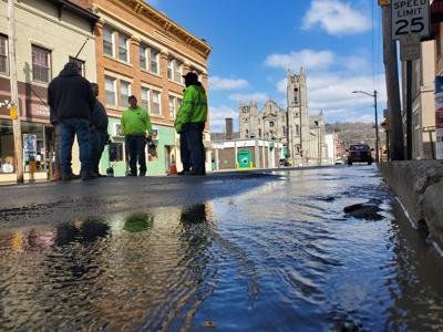 Waterline break leads to closure of block in Oil City