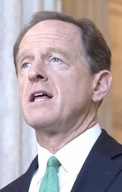 Toomey backs bill on sanctions