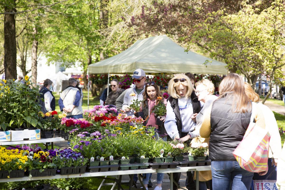Gardeners dig May Garden Mart