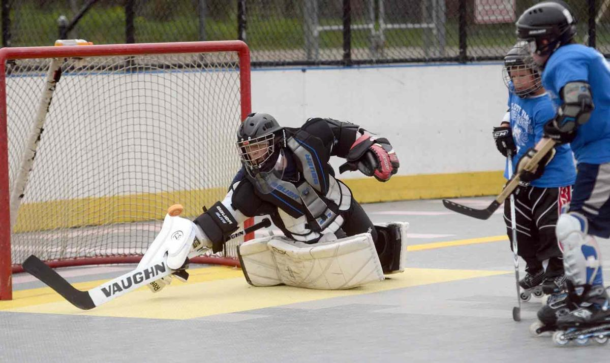 Numbers keep climbing at OC dek hockey facility | Front Page