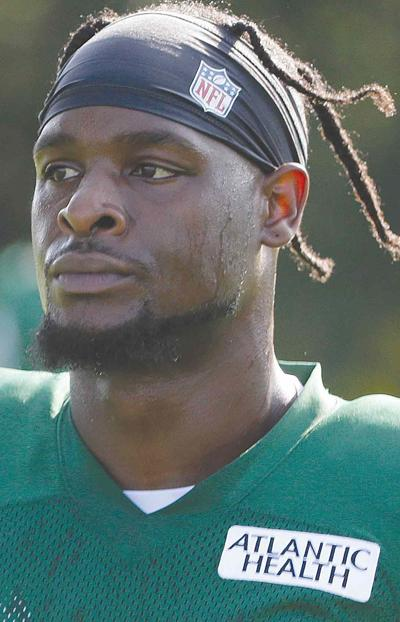 Jets' Bell stands behind decision to sit out last year