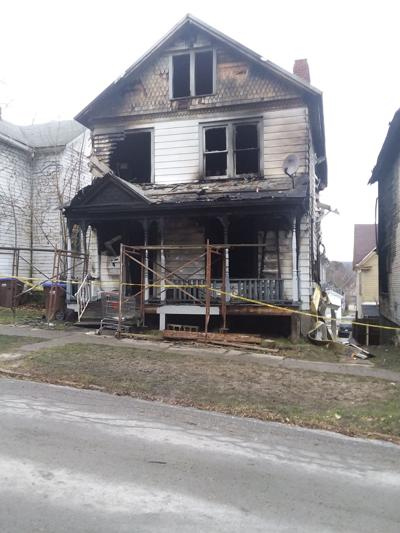Fire damages two Franklin homes