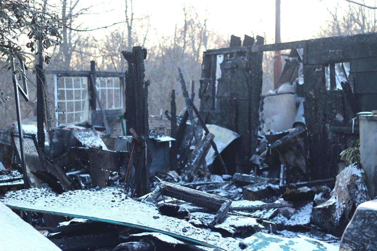 Fire destroys Seneca home