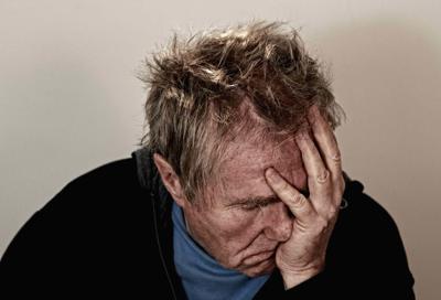 Having migraines raises the risk of dementia, study finds