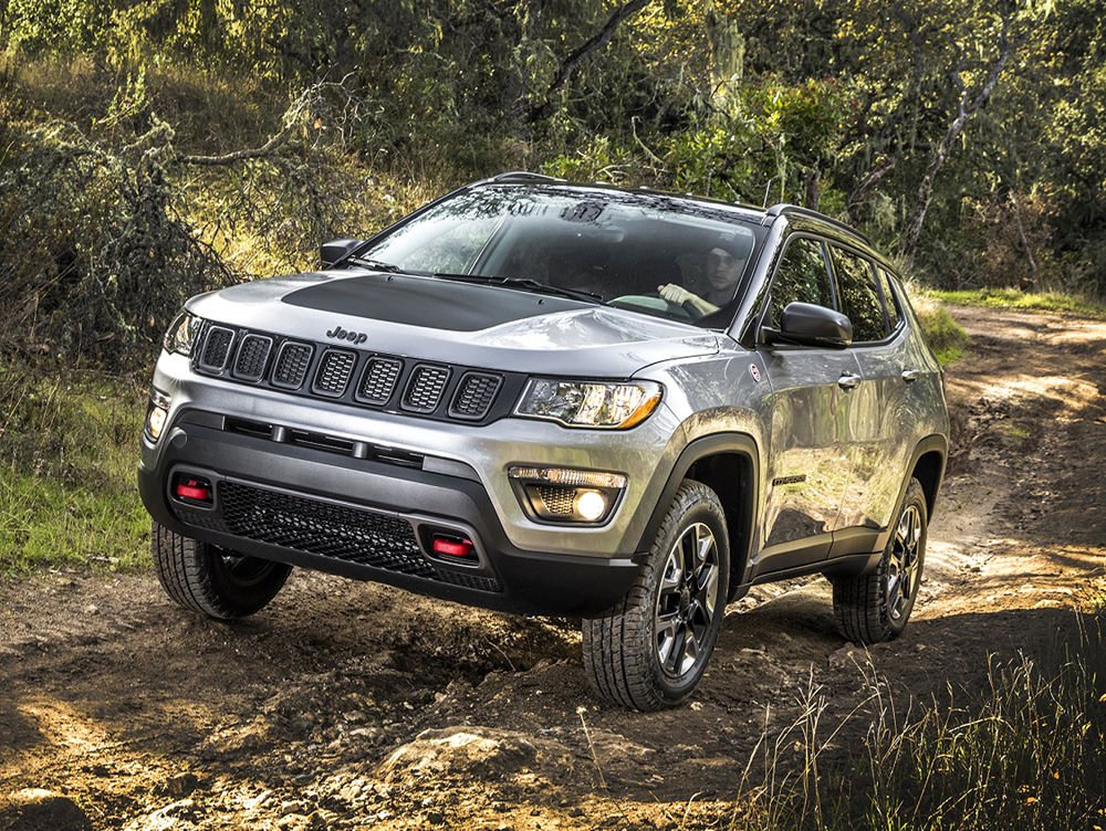 road test jeep compass trailhawk ready for rock mud snow features. Black Bedroom Furniture Sets. Home Design Ideas
