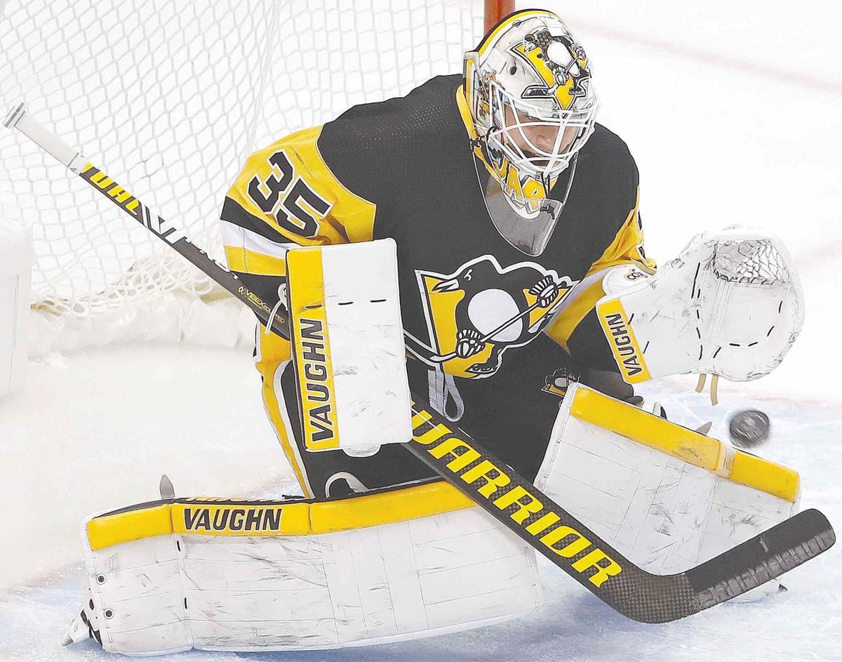 Penguins rake Leafs, 5-2