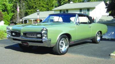 CLASSIC CARS: Man convinces neighbor to sell a rare find: 1964 Pontiac GTO