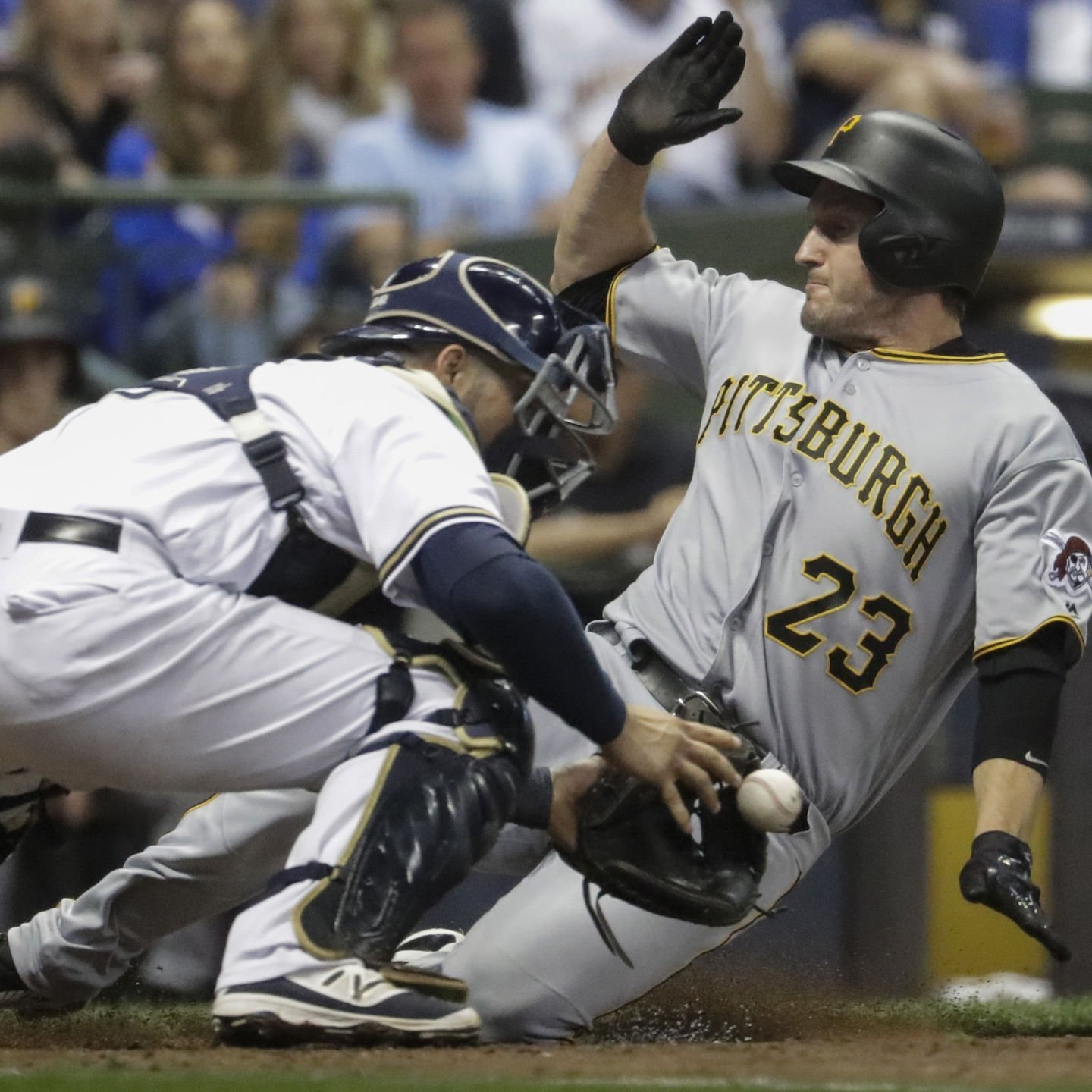 Thames homers, Anderson solid as Brewers beat Pirates 8-2
