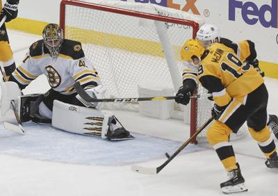Pens rally past Bruins