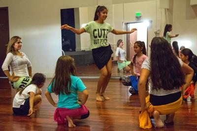 Polynesian dance class