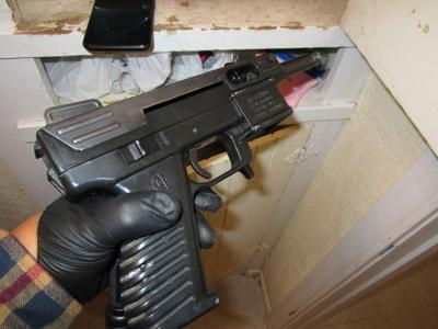Report of reckless driving leads to seizure of firearms