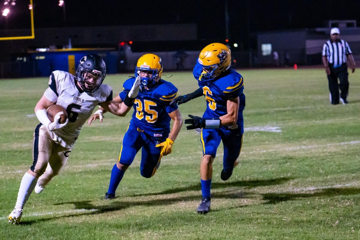 Wildcats victorious for fall's first home game