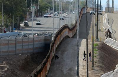 See Through Border Wall Being Built Near Calexico S Gran