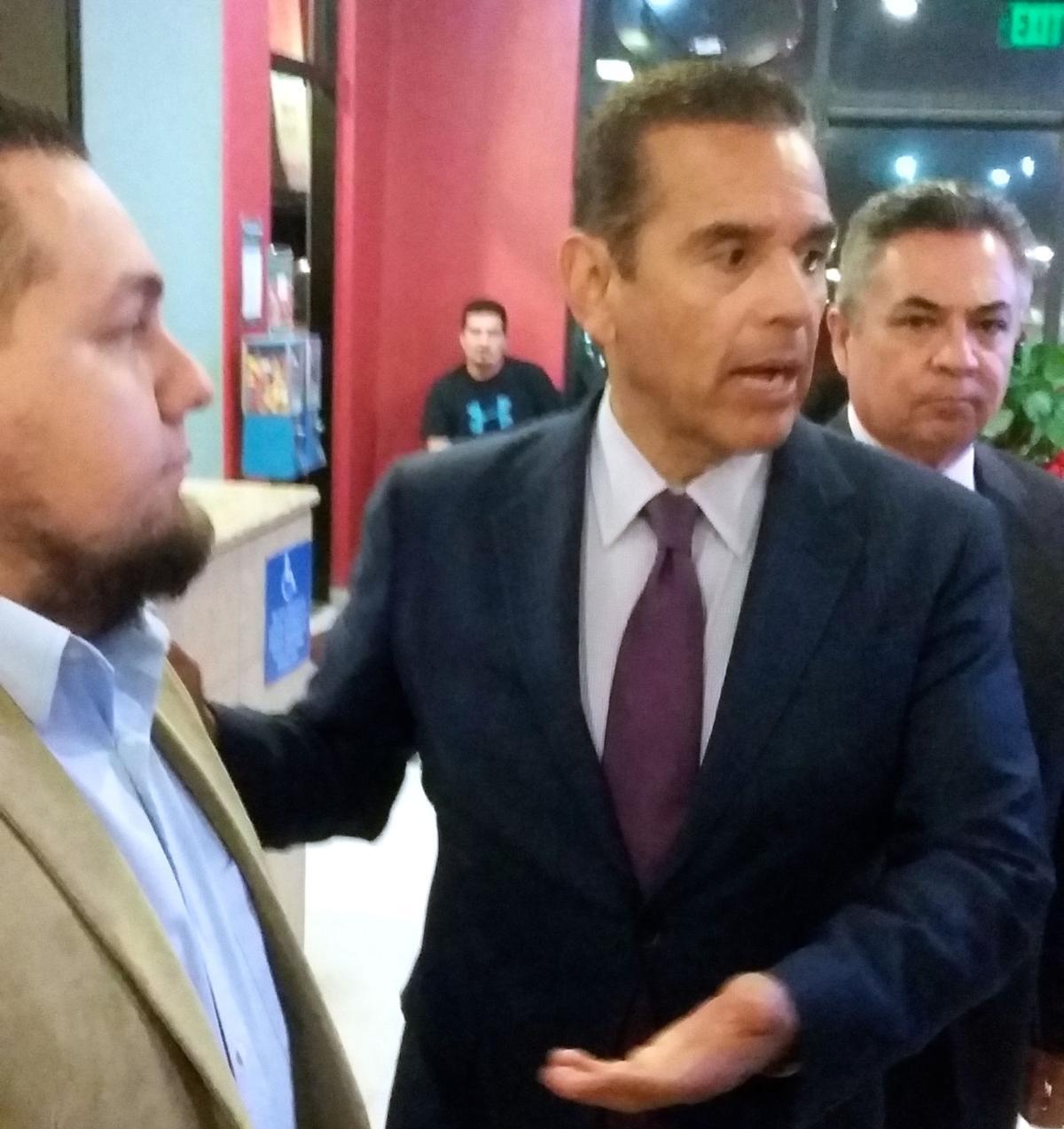 Gubernatorial Candidate And Former La Mayor Villaraigosa Holds Meets