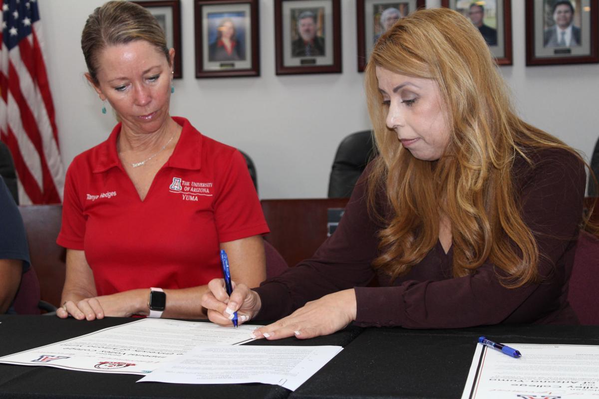 IVC U of A memorandum signing