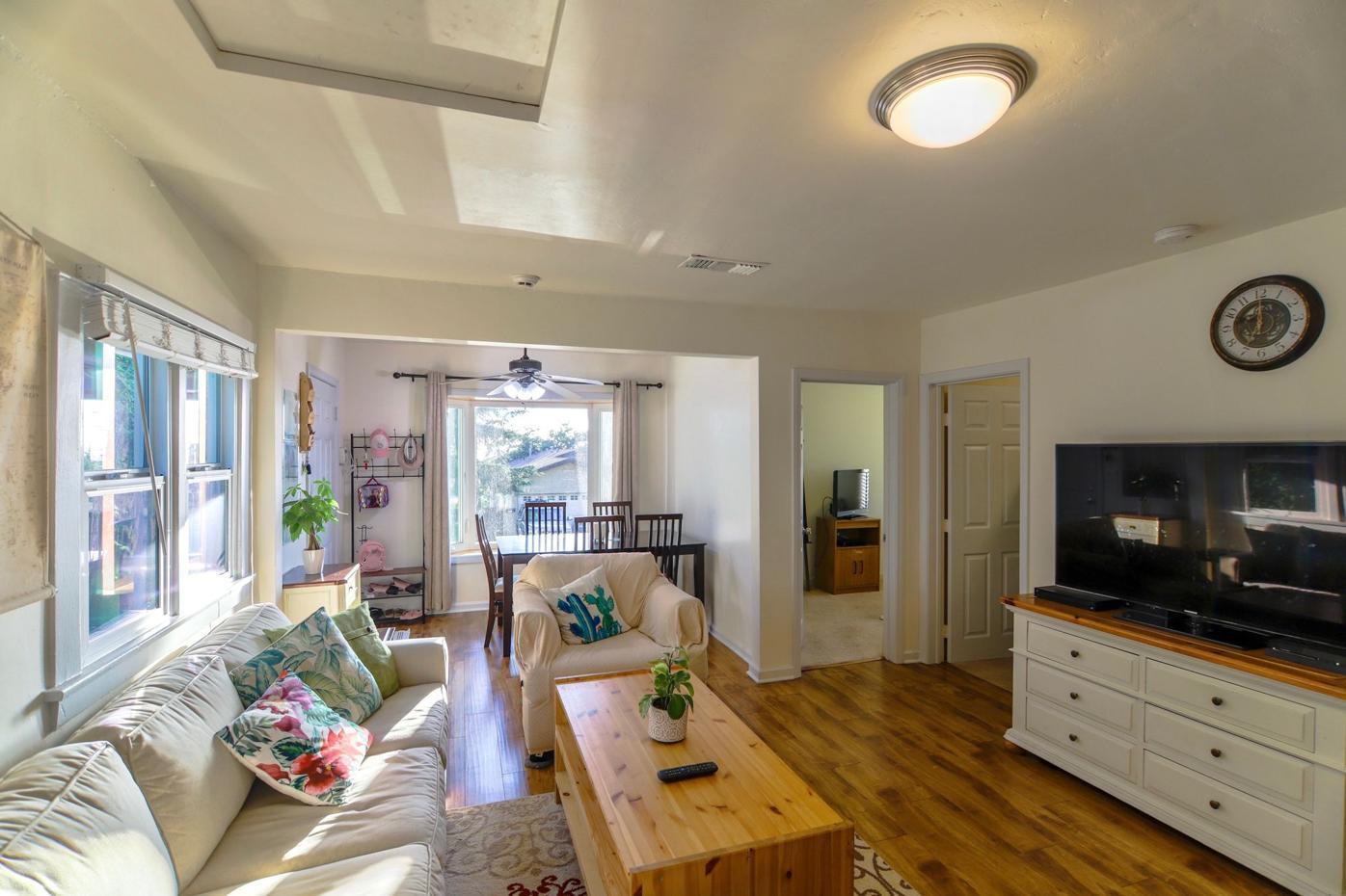 Living Room Tujunga