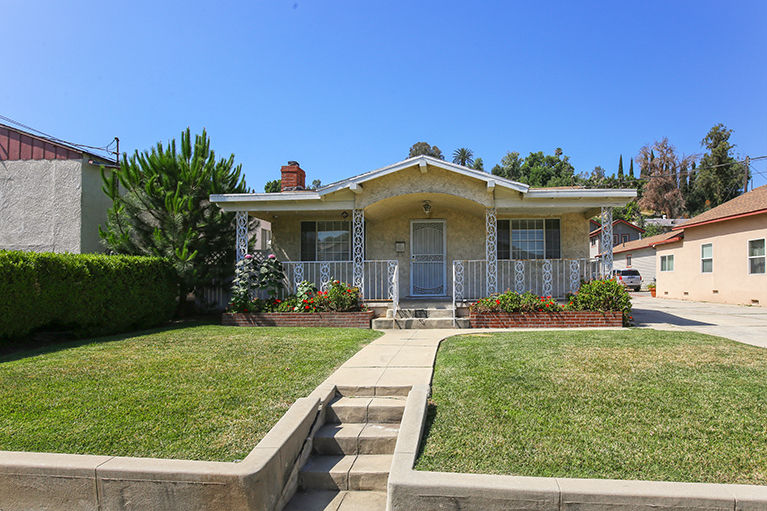 Spectacular Two Houses on a Lot Glassell Park image 1