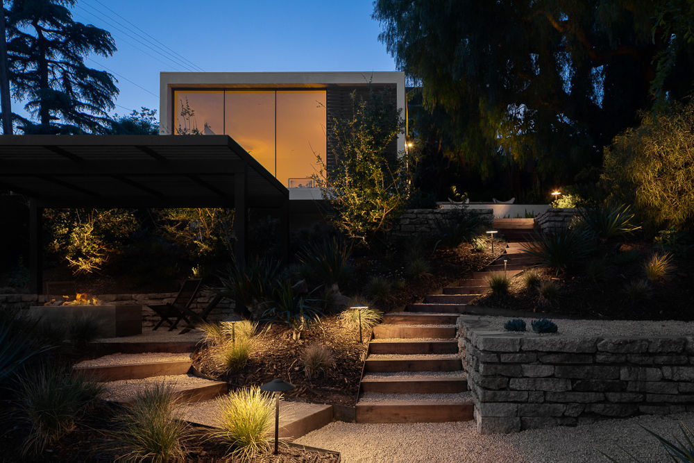 Stunning Contemporary Compound with Guest House For Sale in Elysian Heights, AIA Award Winning Architect Aaron Neubert image 9