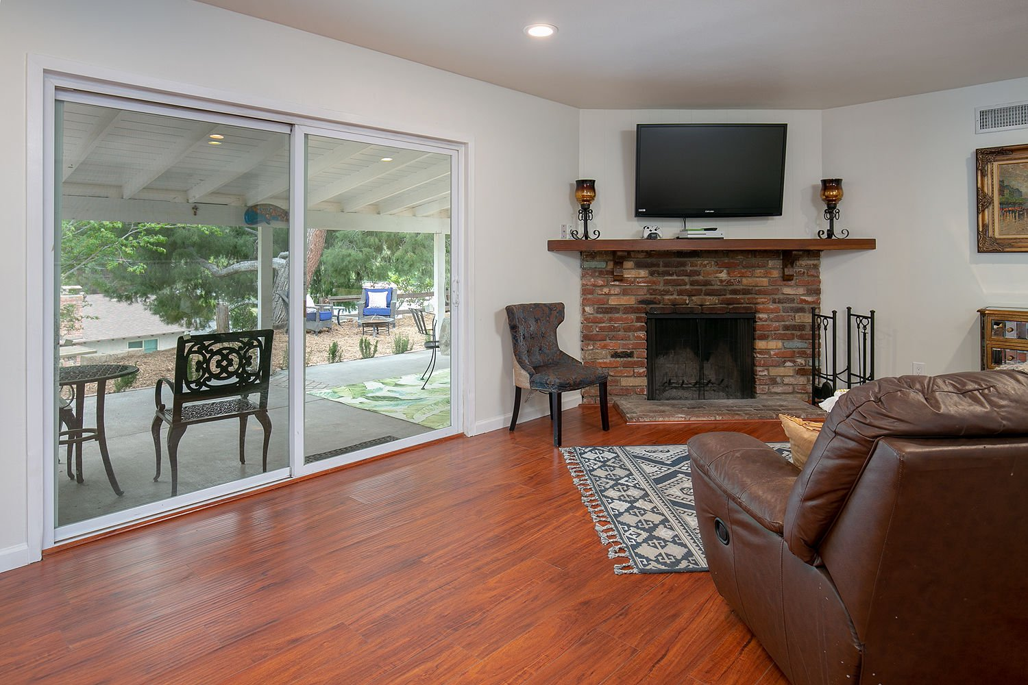 3 Bedroom, 2 Bath Midcentury Ranch Under $650,000 in the Foothills! image 2