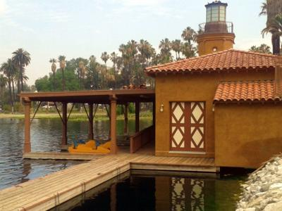 Echo Park Lake Boathouse to lose its bronzed look