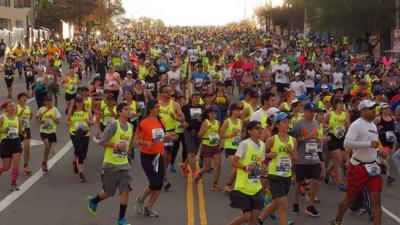 L.A. Marathon runners on Vin Scully Avenue