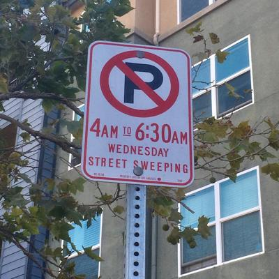 Lincoln Heights No Parking Sign