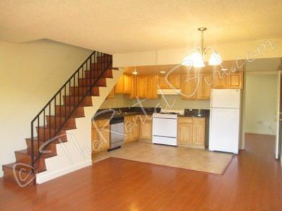 For Rent: Two -Story Los Feliz 3BD Apt