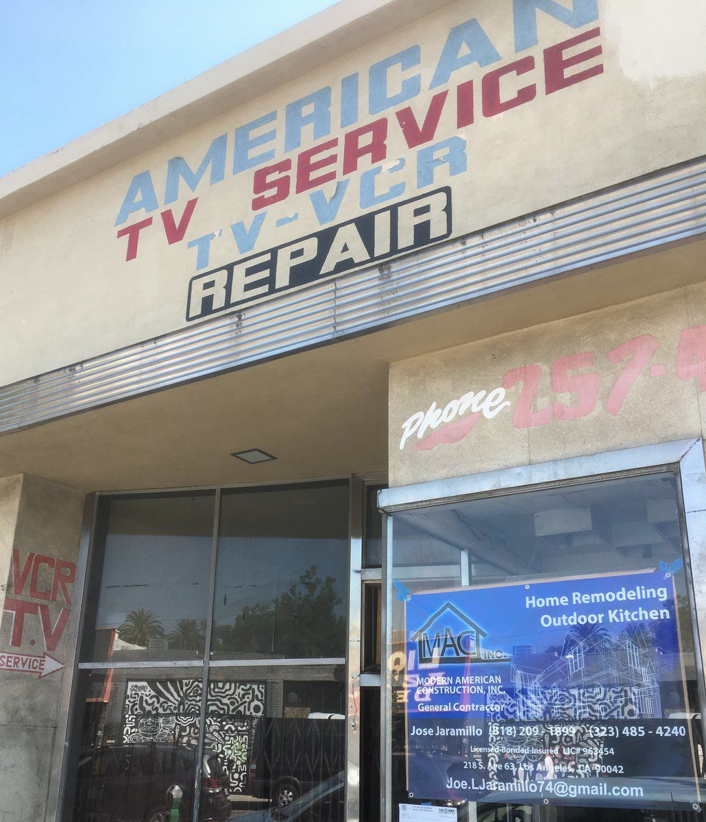 Former American TV store on York.JPG