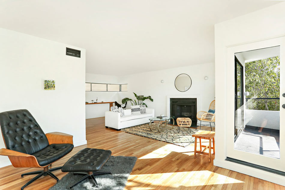 An Exquisite Art Deco Home in Silver Lake by William Kesling, Presented by Tracy Do