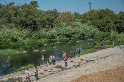 L.A. River fly fishing derby lures urban anglers to Atwater*