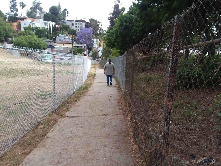New fence raises concerns about development on Silver Lake trail