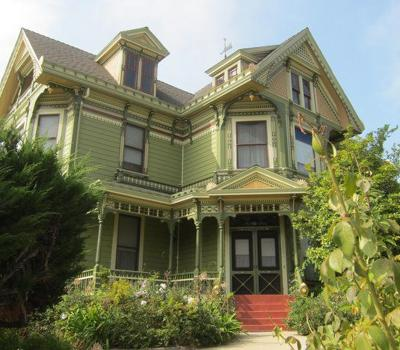 Councilman proposes honoring Angeleno Heights preservation pioneer*