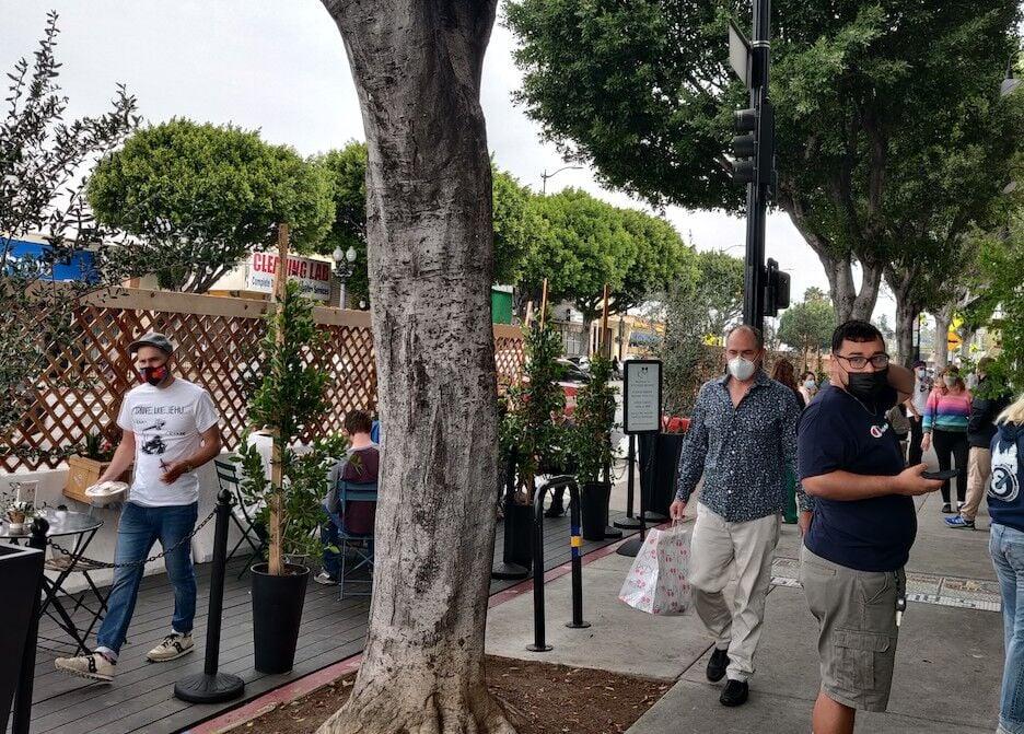 Streetscape along Figueroa