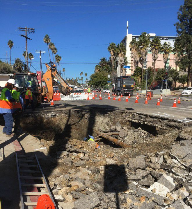 Echo Park hit by water outage after pipe break [updated]
