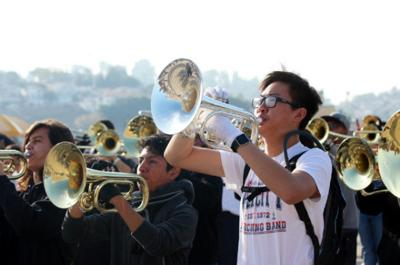 L.A. high school musicians prepare to perform in Rose Parade