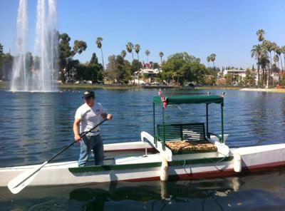 Stand-up comic performs and paddles across Echo Park Lake