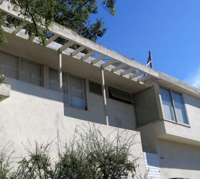 Commission considers landmark recognition for Schindler-designed Silver Lake apartments