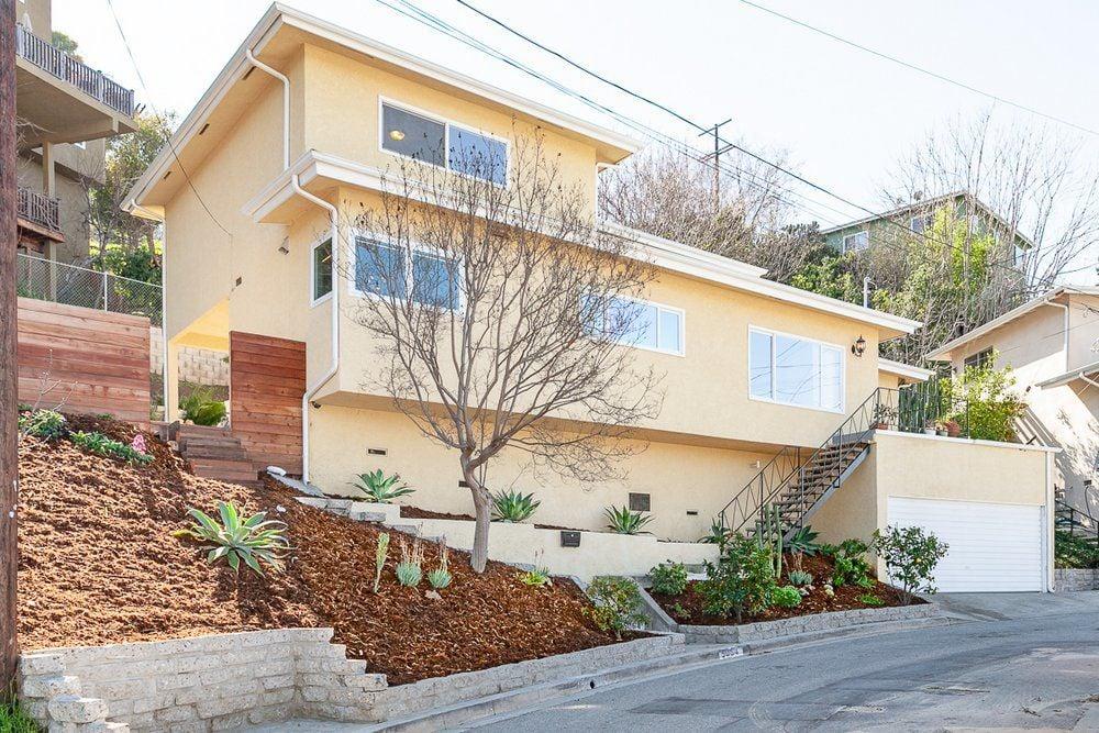 Delightful 4-Bedroom View Home in the Hills of El Sereno